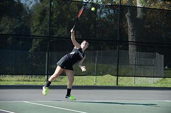 Tennis finishes up fall season